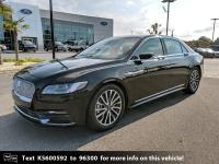 Alloy wheels, Blind spot sensor: Lincoln Co-Pilot360 -
