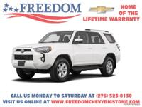 4Runner White *CLEAN VEHICLE HISTORY REPORT*, AM/FM