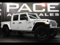 LIFTED GLADIATOR RUBICON!! PAINT MATCH FENDERS AND