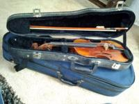 FOR SALE !! 3/4 size student violin/fiddle. Excellent