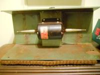 USED DAYTON FIVE SPEED LATHE BUFFER AND POLISHER