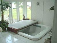 Used*Hot Springs*Jacuzzi*Hot Tub* - $500 (Brookside