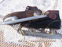 Used ice skates in fair to poor condition. Mens, boys,