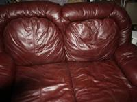 Hello I selling one couch 1,5 year old leather couch 7