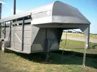 Used 16ft Ponderosa Gooseneck Horse/Cattle Trailer-