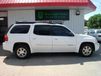 Leather, moonroof and 3rd row seating! Runs great and