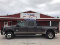 One look at this Ford F-350 SD Lariat Crew Cab 4WD DRW
