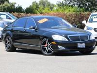 Black 2007 Mercedes-Benz S-Class S 550 4D Sedan RWD