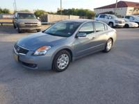 This 2009 Nissan Altima 2.5 S is proudly offered by