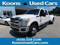 2011 Ford F-350SD Oxford White Lariat Leather, Trailer