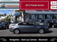 Navigation - BackUp Camera - Leather - Moonroof - Clean