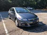 **CLEAN CARFAX, **BLUE TOOTH, **ALLOY WHEELS, **REAR