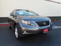 Presented in stunning Nebula Gray Pearl, our 2012 Lexus