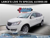 Clean CARFAX.2014 Chevrolet Traverse LT White AWD 3.6L