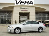Brilliant Silver Metallic 2014 Nissan Altima 2.5 S FWD
