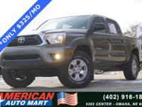 **CLEAN CARFAX**4X4**TRD OFF ROAD**NEW TIRES**CENTER