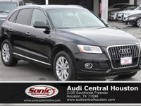 ONE OWNER, CLEAN CARFAX, Audi xenon plus headlights