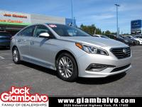 2015 HYUNDAI SONATA LIMITED WITH ULTIMATE PACKAGE .....
