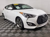 White 2015 Hyundai Veloster Turbo FWD 6-Speed Automatic