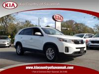 Snow White Pearl 2015 Kia Sorento LX FWD 6-Speed