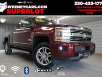 4WD, Duramax 6.6L V8 Turbodiesel, HEATED & COOLED