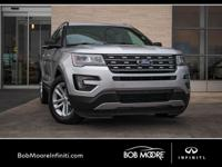 ACCIDENT FREE ON CARFAX, SUNROOF / MOONROOF, NAV, REAR