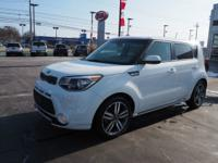 Clear White 2016 Kia Soul Plus FWD 6-Speed Automatic I4
