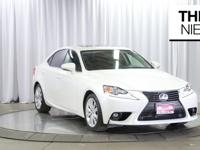 CARFAX One-Owner. Clean CARFAX. Eminent White Pearl