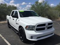 2016 Ram 1500 Express Crew Cab ** ONE OWNER ** LEASE