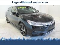 * ONLY ONE PREVIOUS OWNER * * Check out this 2017 Honda