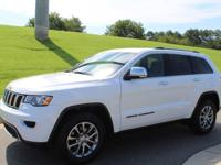 Clean CARFAX. Bright White Clearcoat 2017 Jeep Grand