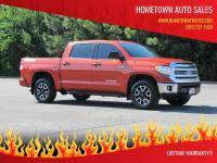 LIFETIME WARRANTY ON THIS LIKE NEW 2017 TOYOTA TUNDRA