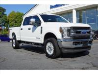 2018 Ford F-250SD 4D Crew Cab XLT 4x4 Oxford White 4WD