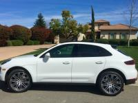 FULLY LOADED PORSCHE MACAN S in excellent condition.
