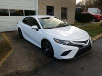 2018 Toyota Camry SE 1 OWNER!!! Black w/Fabric Seat