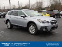 FUEL EFFICIENT 32 MPG Hwy/25 MPG City! CARFAX 1-Owner,
