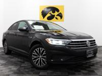 Black Pearl 2019 Volkswagen Jetta SEL Priced below KBB