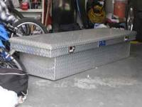 i have a full size truck tool box made buy united