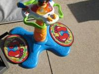 kids toy for crawler to standing. paid $40 asking $10
