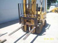 V50C Cat forklift 5000lbs lift, LP Gas, side shift,