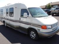 We are selling our 2002 Winnebago Rialta HD!Has no