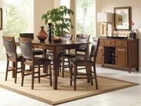 This Vancouver dining room table set comes with the