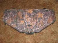 For sale is a lockable hard bow case by Vanguard. I'm