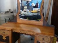 1900-1930 VANITY WITH ORIGINAL CURVED MIRROR. BEAUTIFUL