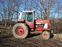 International 986 tractor, cab w/air & heat, 4100