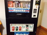 2008 vending machine works like band new. Comes with