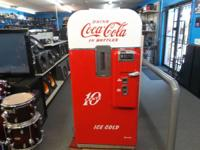 Vendo 39 coke machine (1940's) look's to be restored in