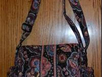 VERA BRADLEY KENSINGTON SHOULDER BAG. IN LIKE NEW