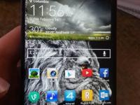 Verizon lg g2, it has a cracked screen, it still comes