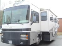Very Clean 2002 Keystone Discovery 37T -